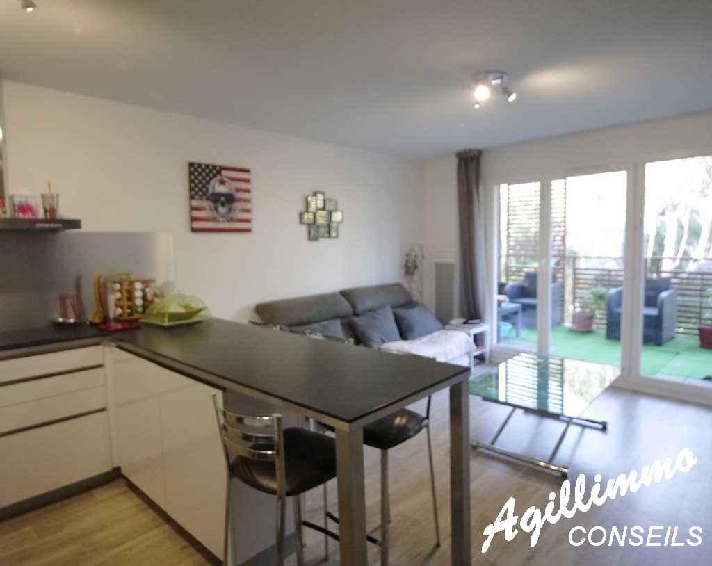 Appartement 2 pièces centre-village - PUGET SUR ARGENS - Côte d'Azur