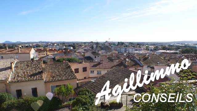 Maison 3 pièces avec 2 logements indépendants et garage - PUGET SUR ARGENS - Côte d'Azur