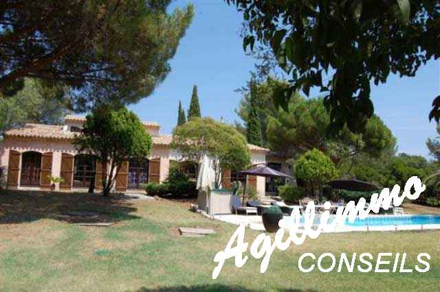 Maison provençale de caractère - PUGET SUR ARGENS - Côte d'Azur