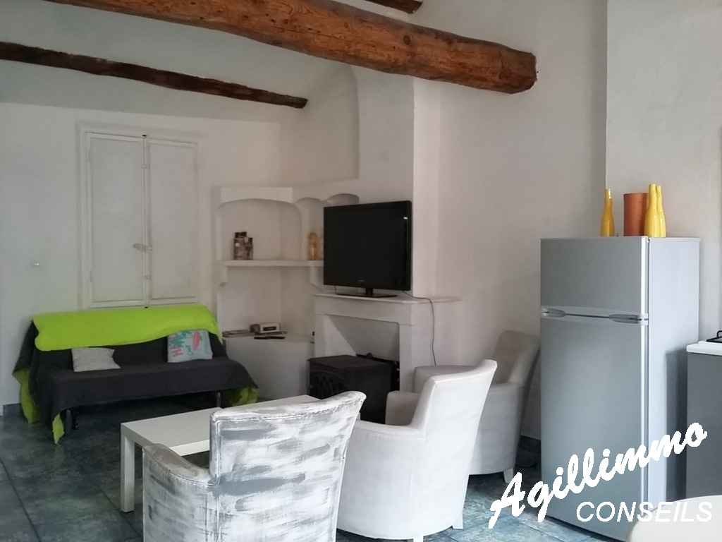 Agréable 3 piéces dans maison de village 77 m2 utilisables - FREJUS - Côte d'Azur