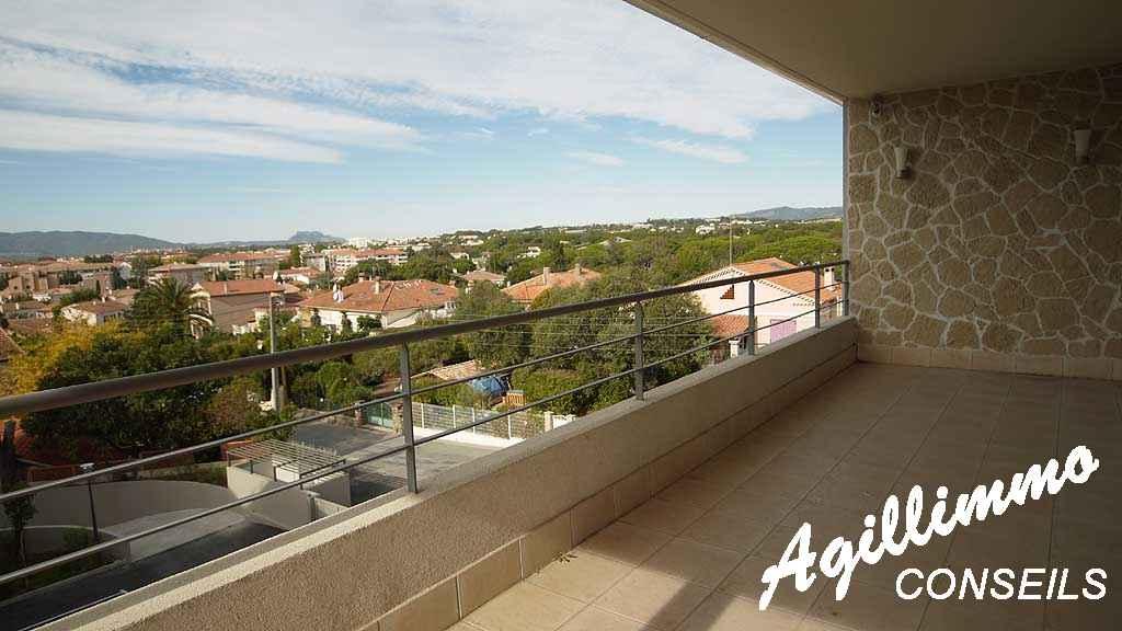 Exceptionnel Villa sur le toit Quartier Valescure - SAINT RAPHAEL - Côte d'Azur