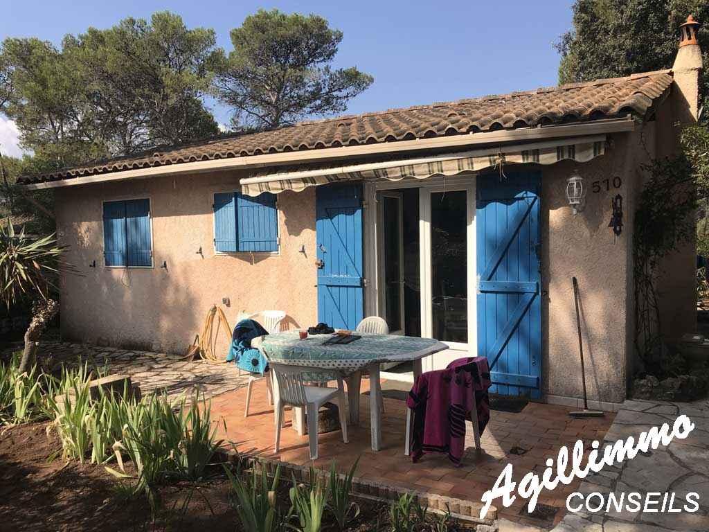 Villa 3 pièces dans un domaine fermé - PUGET SUR ARGENS - Côte d'Azur