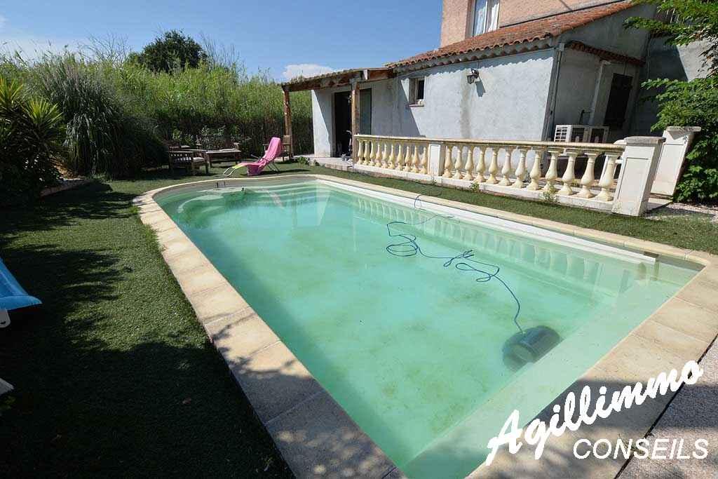 Rez-de-villa avec jardin et piscine - PUGET SUR ARGENS - Côte d'Azur