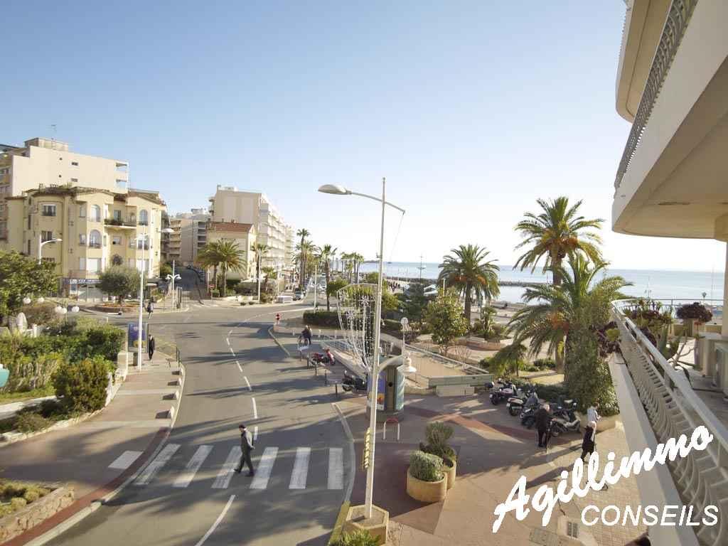 Bel appartement dans le triangle d'or avec vue mer   - SAINT RAPHAEL - Côte d'Azur