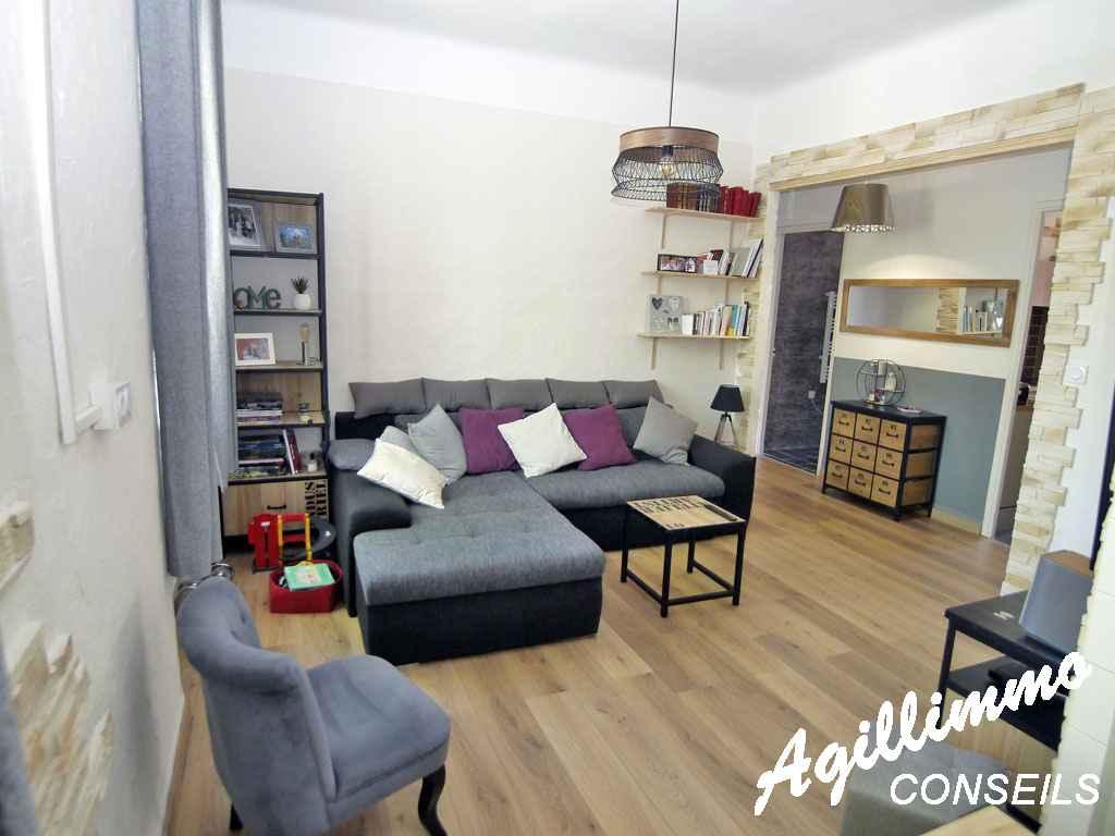 Maison de ville avec 2 logements jardin garage caves - PUGET SUR ARGENS - Côte d'Azur