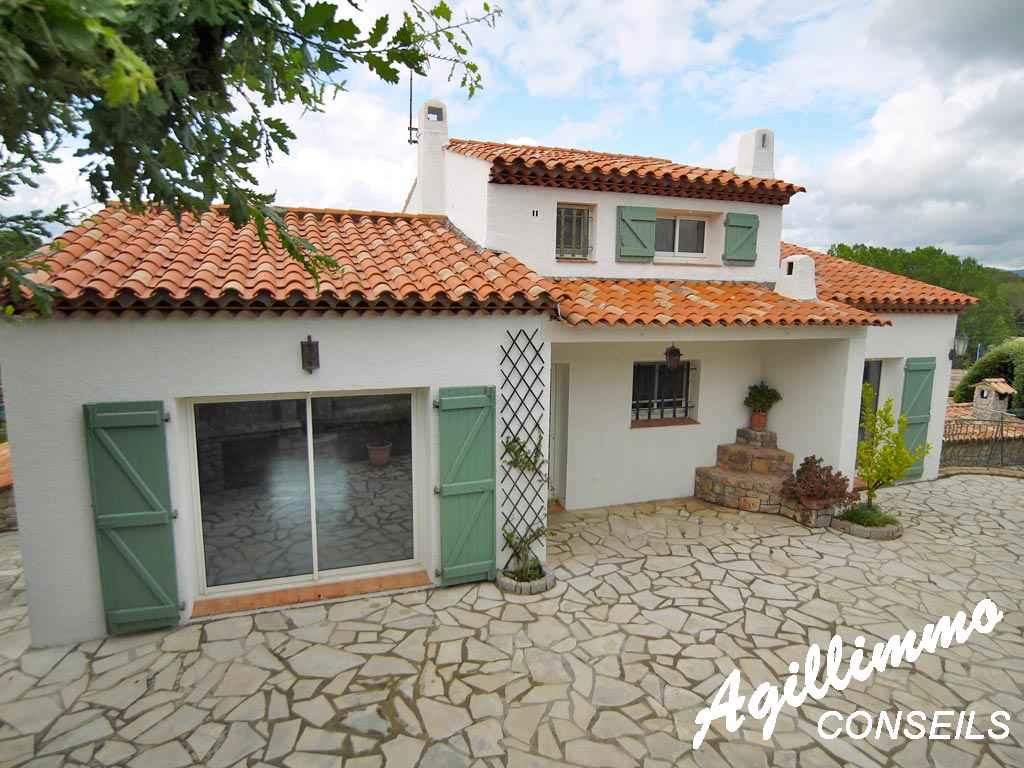 Villa composée de 2 logements dans quartier très calme - PUGET SUR ARGENS - Côte d'Azur