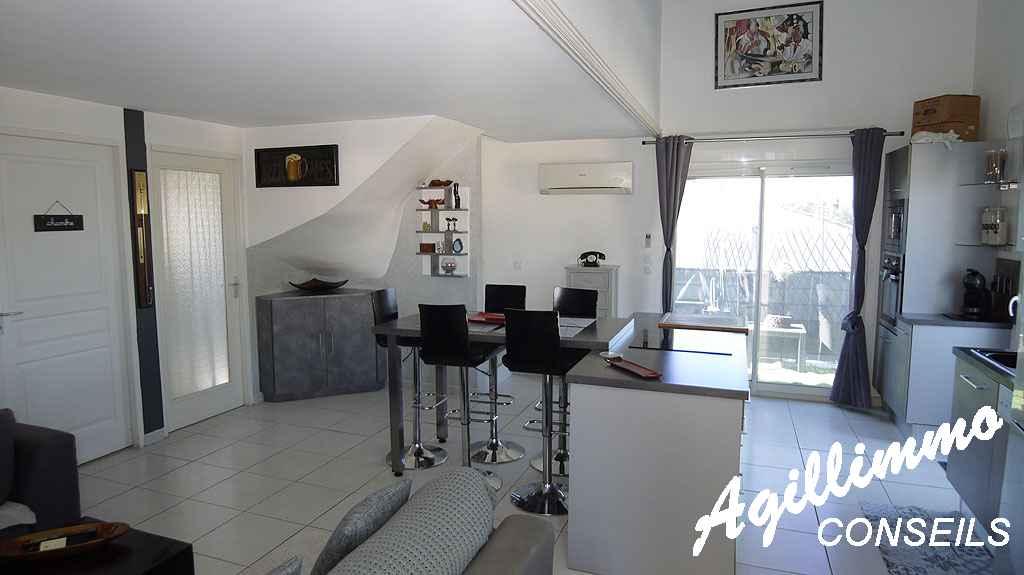 Appartement 3 pièces en duplex - PUGET SUR ARGENS - Côte d'Azur