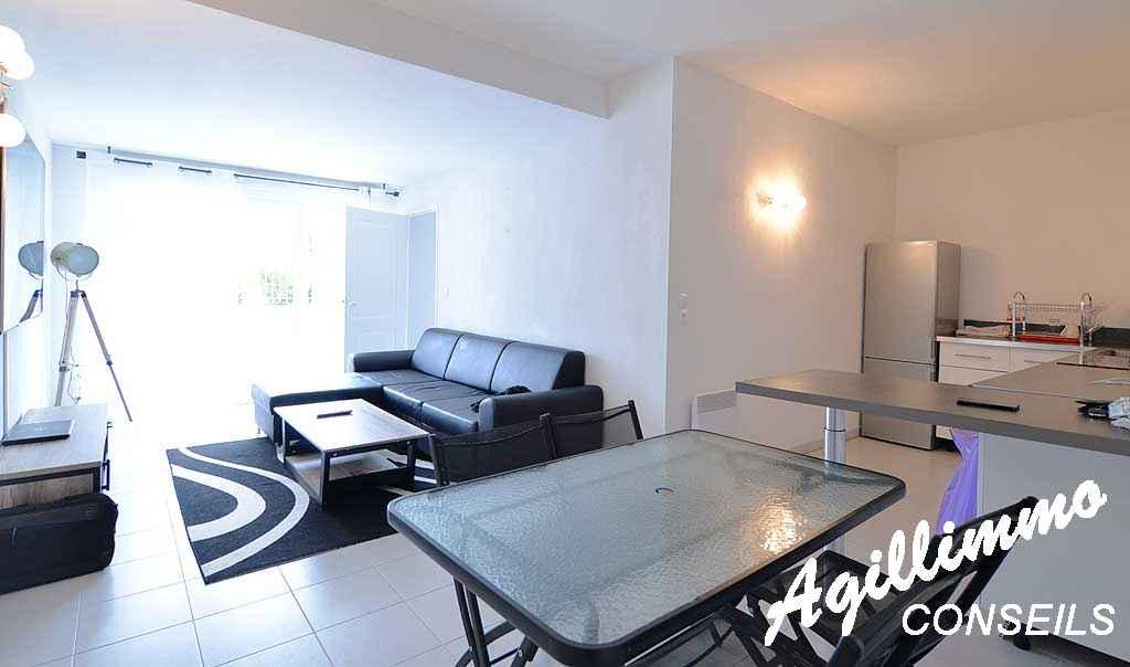 Grand 2P moderne avec terrasse - PUGET SUR ARGENS - Côte d'Azur