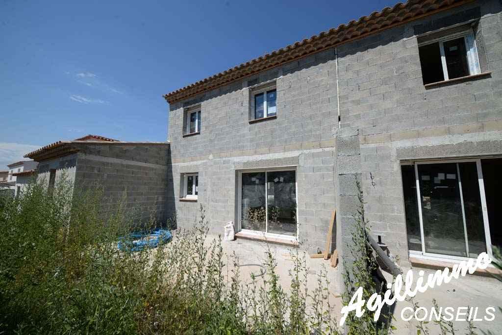 Maison 4 pièces avec garage  - PUGET SUR ARGENS - Côte d'Azur