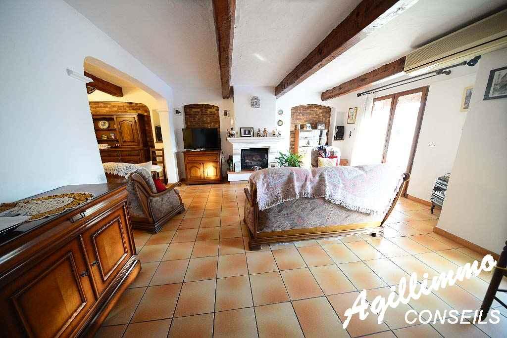 Maison 5-6 pièces avec garage et piscine - PUGET SUR ARGENS - Côte d'Azur