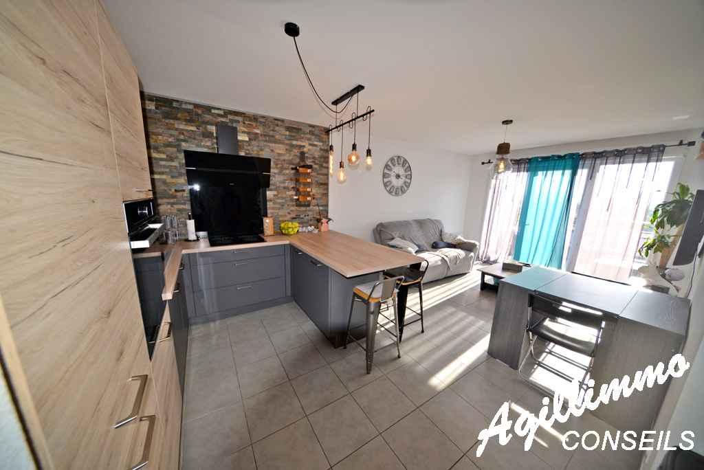 Magnifique T3 moderne avec terrasse au dernier étage  - PUGET SUR ARGENS - Côte d'Azur