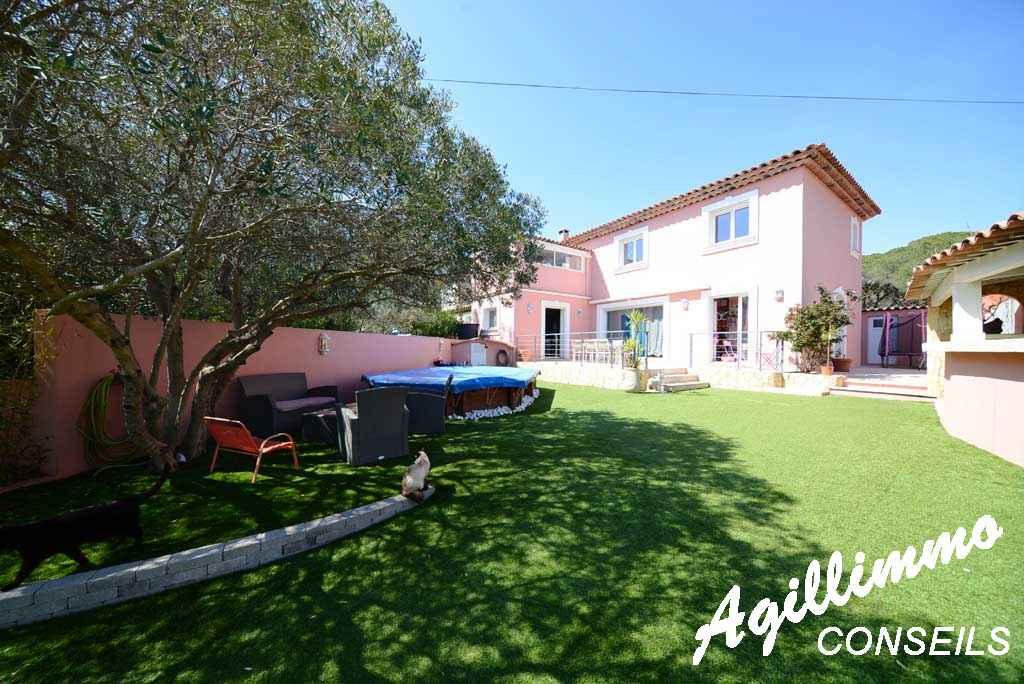 Maison 5 pièces avec jardin sur 508 M2 de terrain - FREJUS - Côte d'Azur