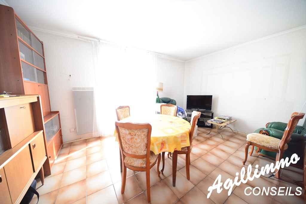 2 Pièces avec grand garage et cave - PUGET SUR ARGENS - Côte d'Azur
