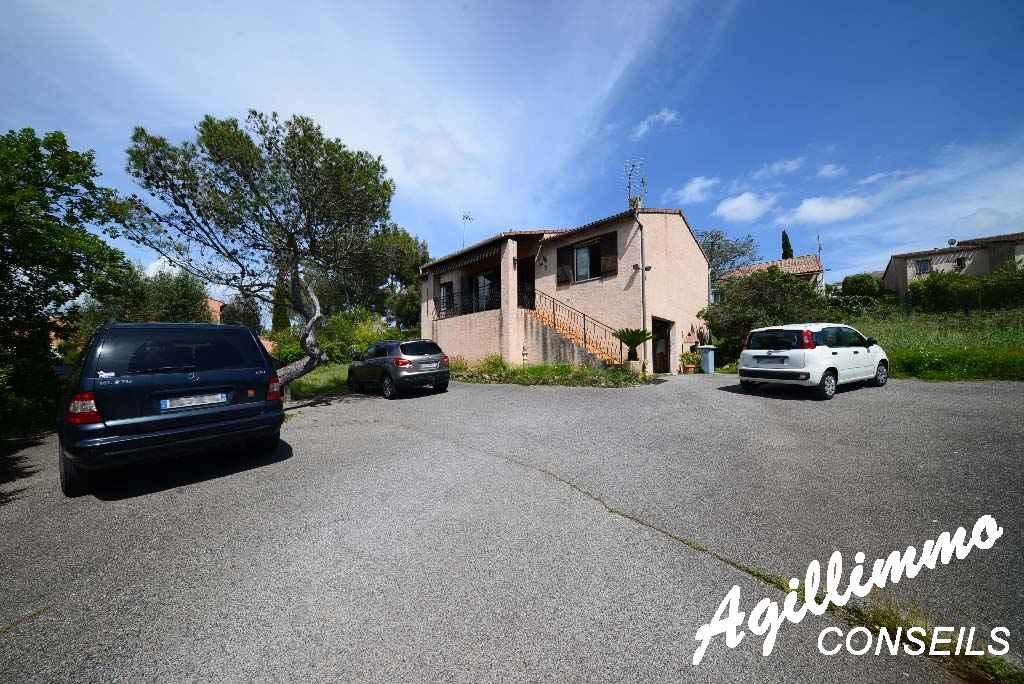 Maison individuelle avec garage et sous-sol - FREJUS - Côte d'Azur