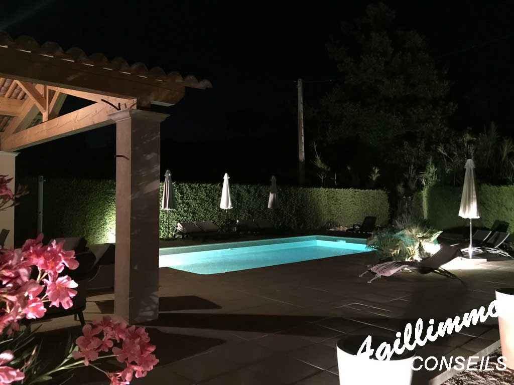 Villa 5 pièces avec piscine - PUGET SUR ARGENS - Côte d'Azur