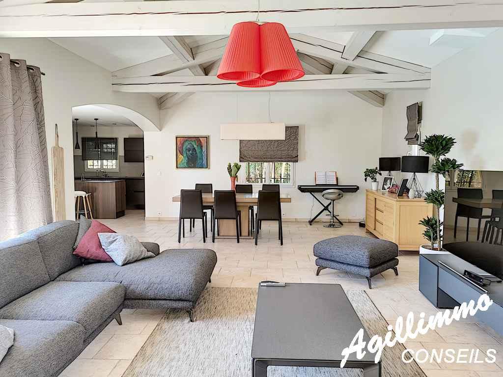 Maison 5P de PP avec piscine sur 1970m2 de terrain - PUGET SUR ARGENS - Côte d'Azur
